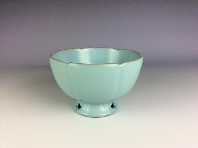 Song style Ru klin Chinese porcelain bowl,