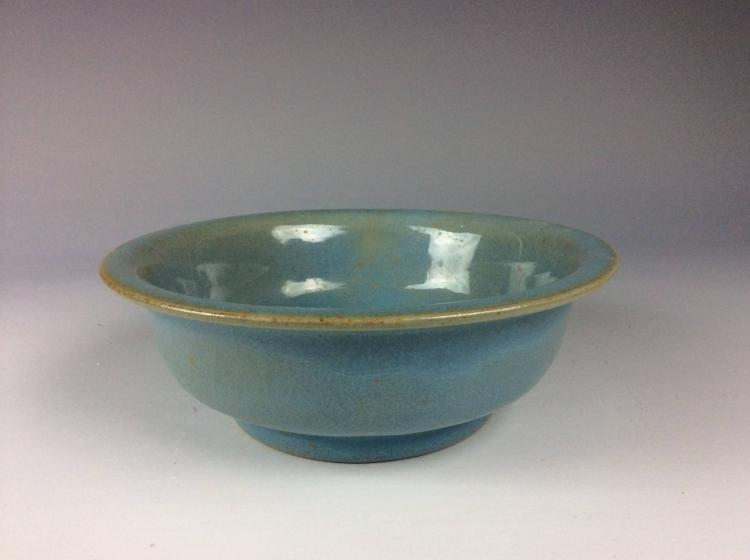 Fine Chinese Ru Kiln style porcelain bowl