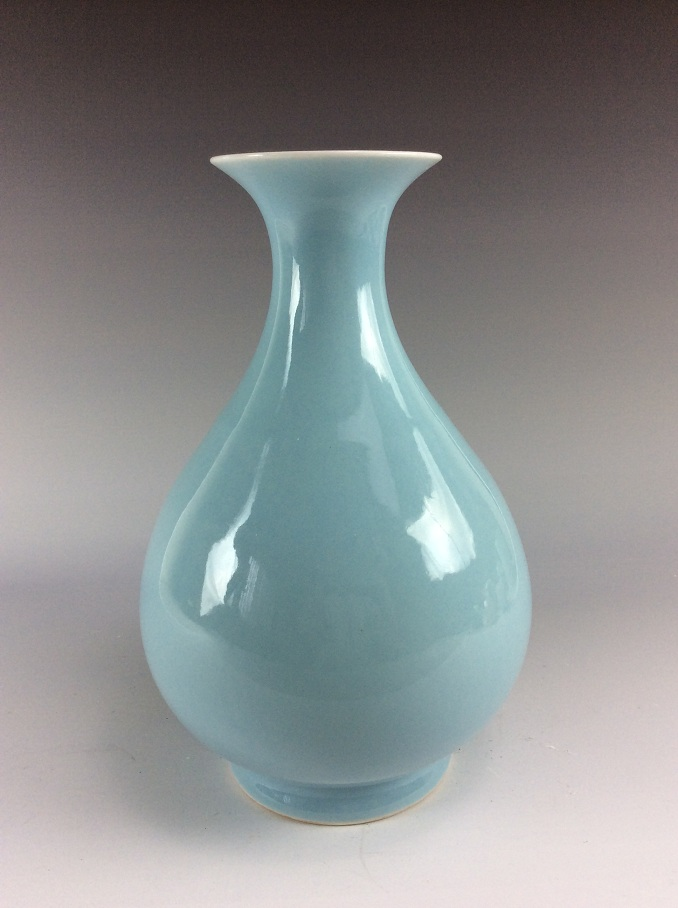 19C Chinese porcelain vase, blue glaze, marked
