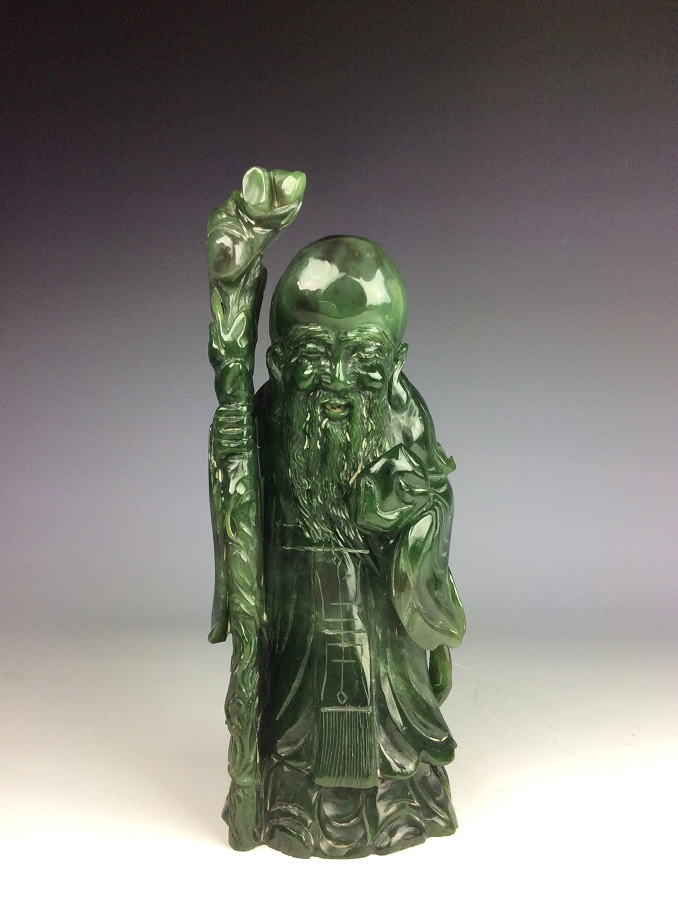 Fine Chinese nephrite, Hetian green jade, carved figure pattern