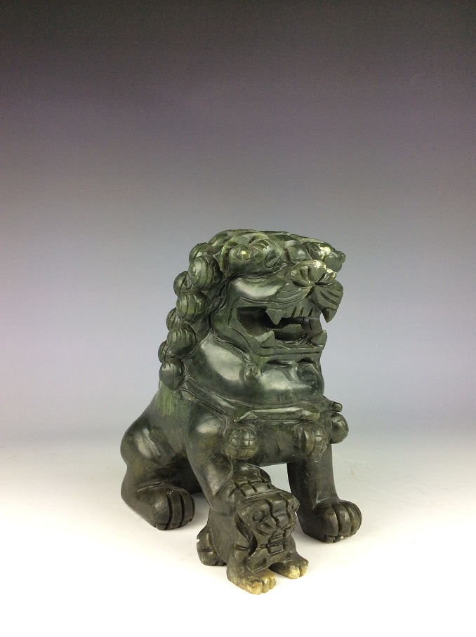 Fine Chinese nephrite, Hetian green jade, carved lions pattern