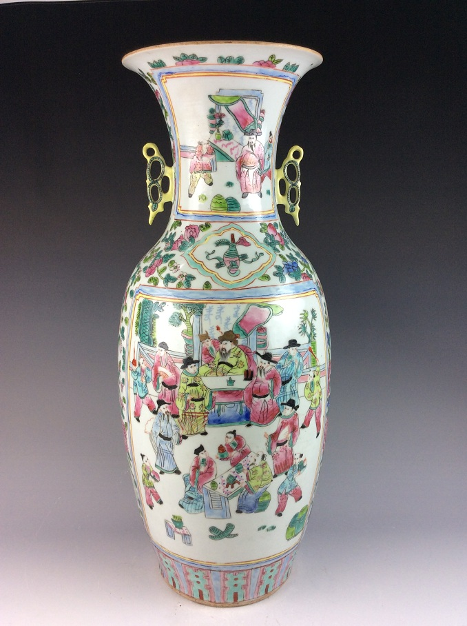 Large Chinese porcelain vase, famille rose glazed