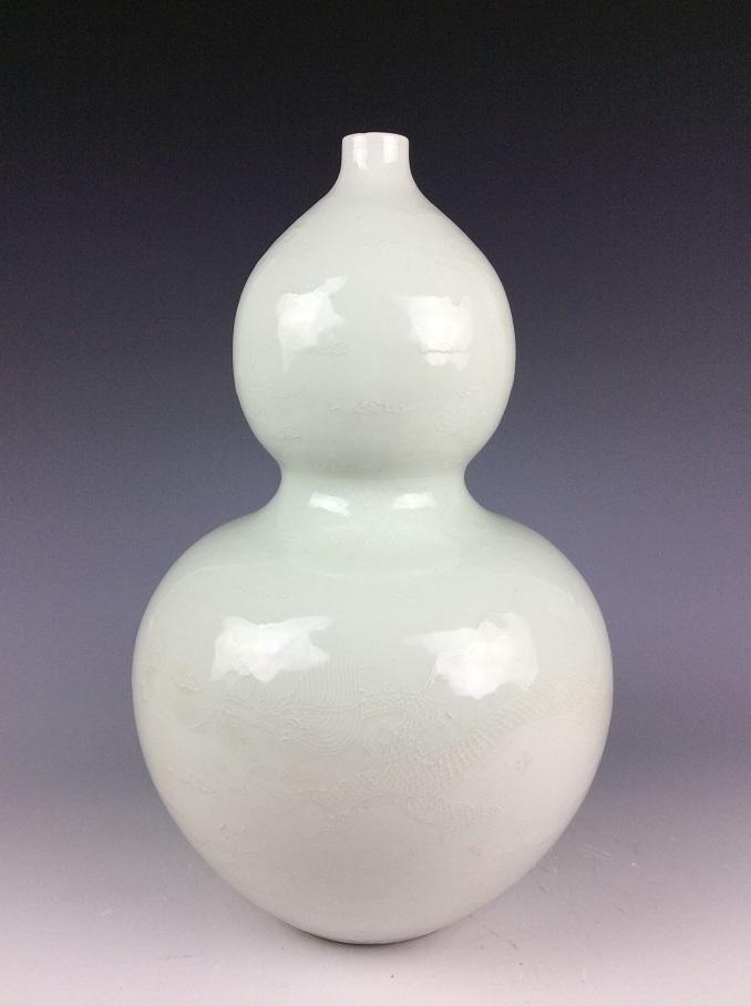 Fine  Chinese Ming style porcelain vase, white glazed, decorated & marked