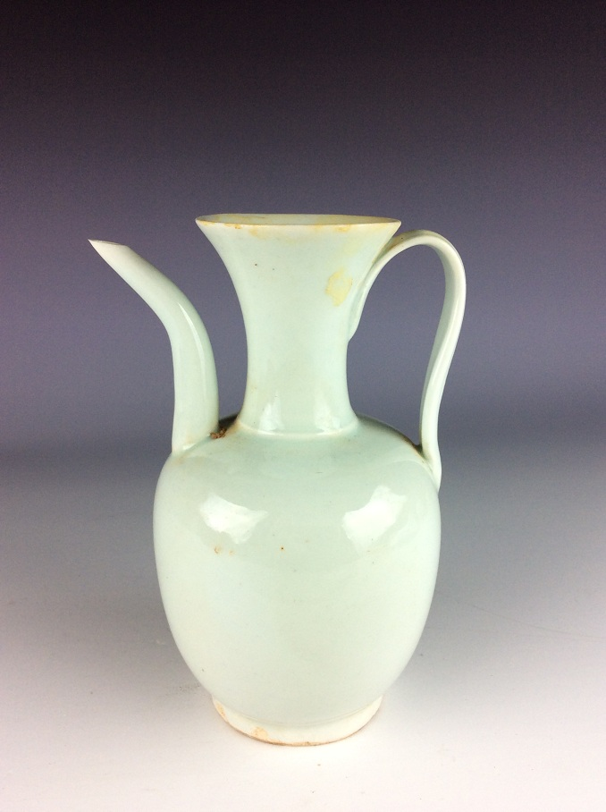 Chinese porcelain wine vase, misty blue (Qingbai) glazed, decorated