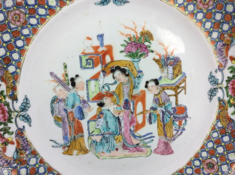 Export Chinese porcelain plate, famille rose glazed, decorated
