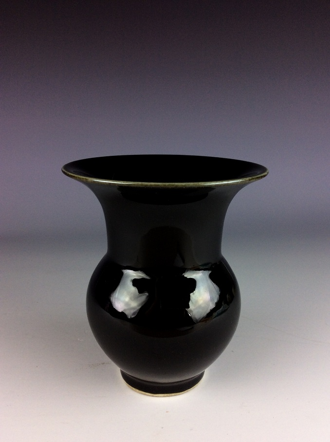 Chinese porcelain Ming style pot,  black  glazed, marked