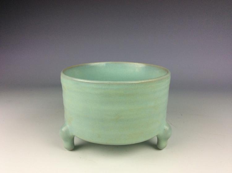 Chinese Song Ru style porcelaincenser, celadon / sky blue glazed