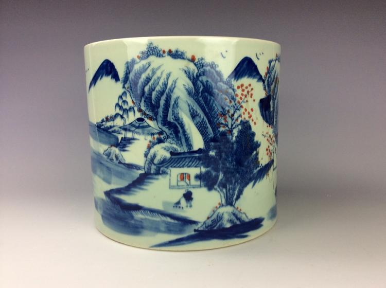 Chinese porcelain brush pot with B/W and under glaze red glaze,
