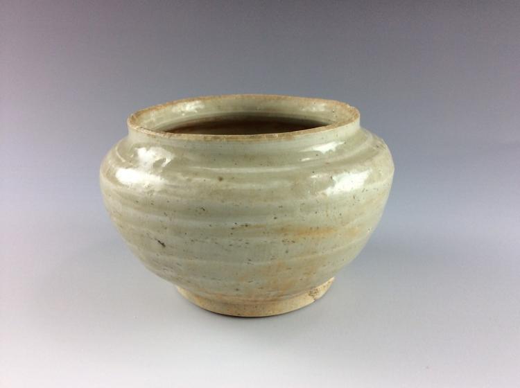 Vintage Chinese white glazed pot