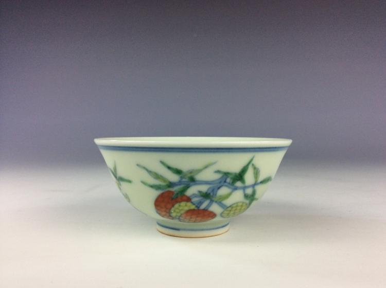 Fine Chinese porcelain cup, Doucai on white glazed, decorated, marked,