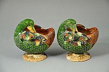 Chinese famille verte Sancai porcelain ducks