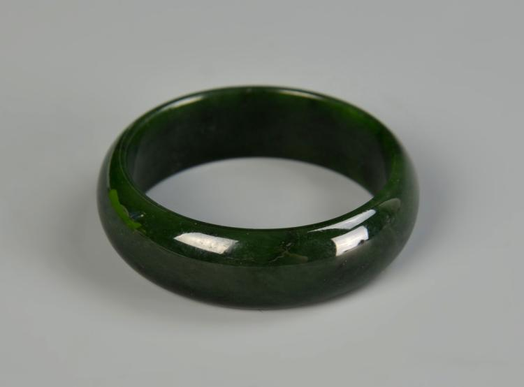 Chinese Spinach Jade Bangle