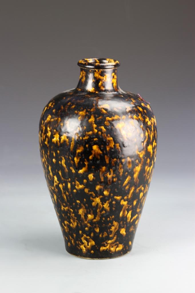 Chinese Jizhou Ware Vase