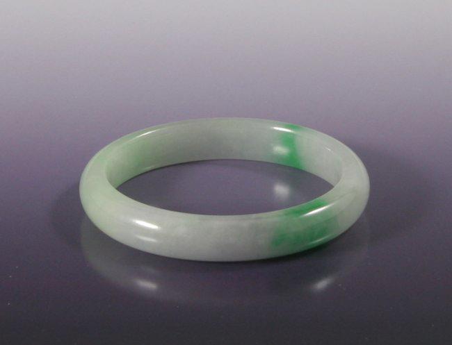apple green jadeite bangle