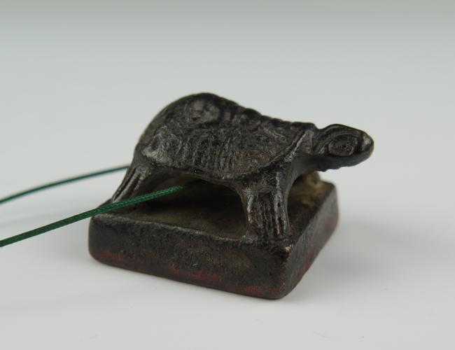 a bronze seal han dyansty