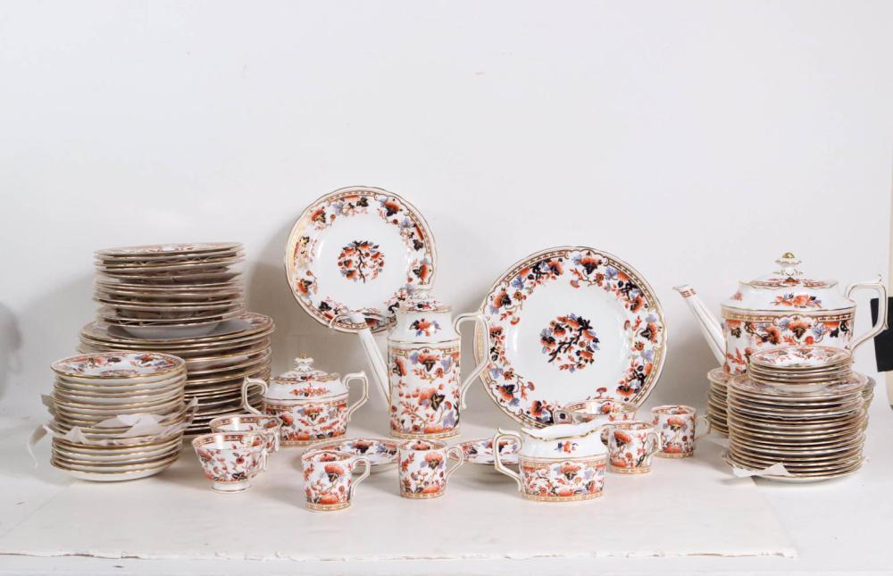 Royal Crown Porcelain Dinner Service