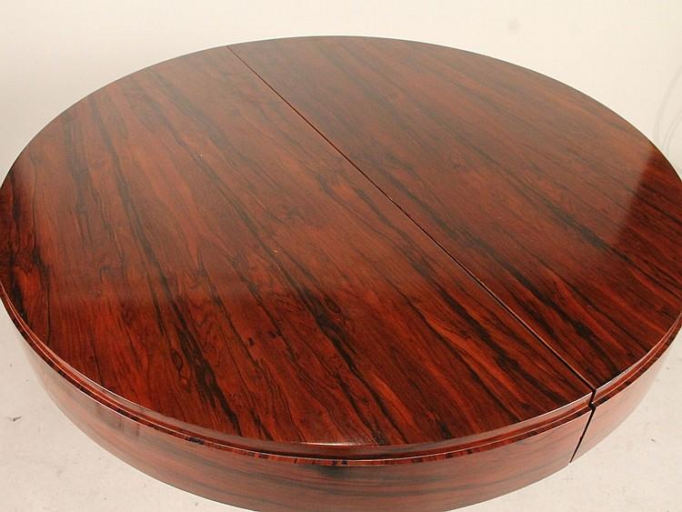 Art Deco Mahogany Round Dining Table