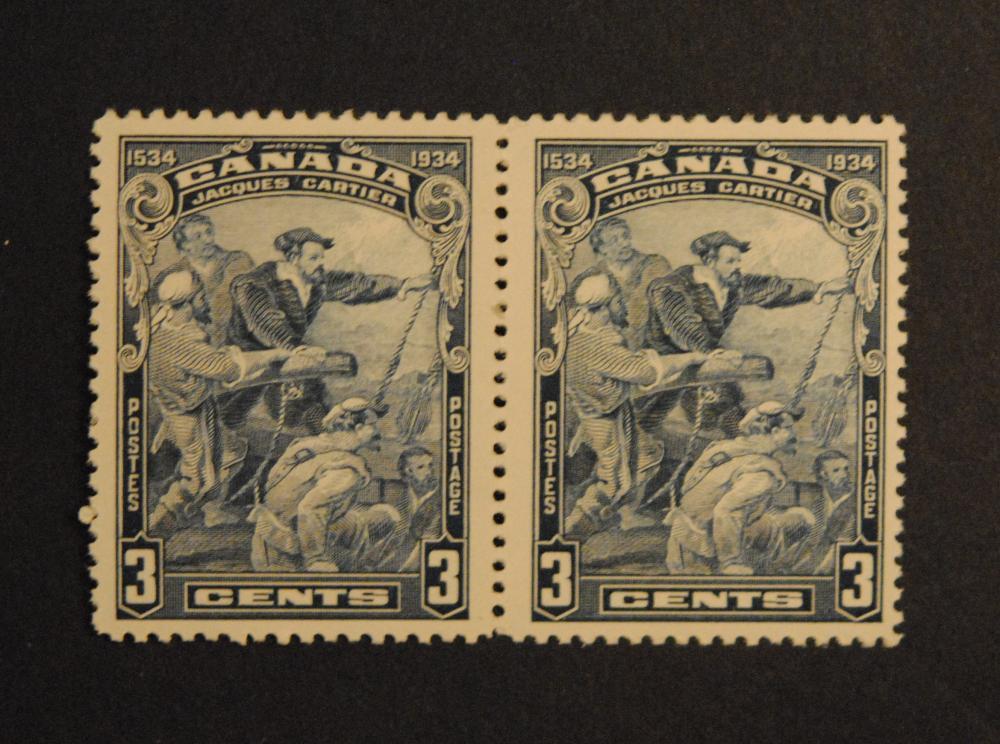 Canada 3c Pair Gutter Strip S/C #208 VF MNH