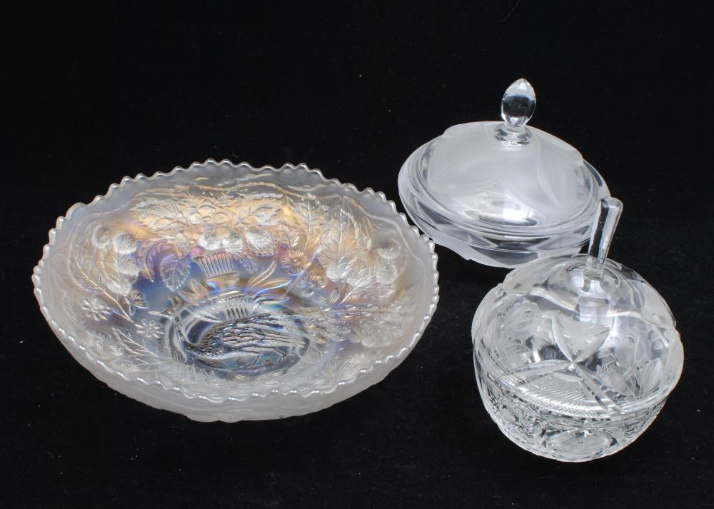 Set of 3 Crystal Dishes With Matching Lids