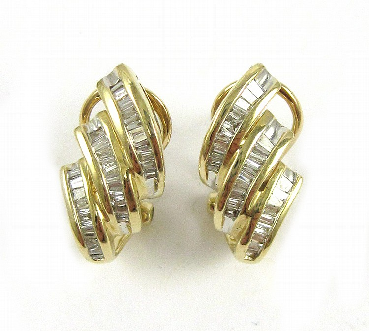PAIR OF DIAMOND AND YELLOW GOLD OMEGA BACK EARRING