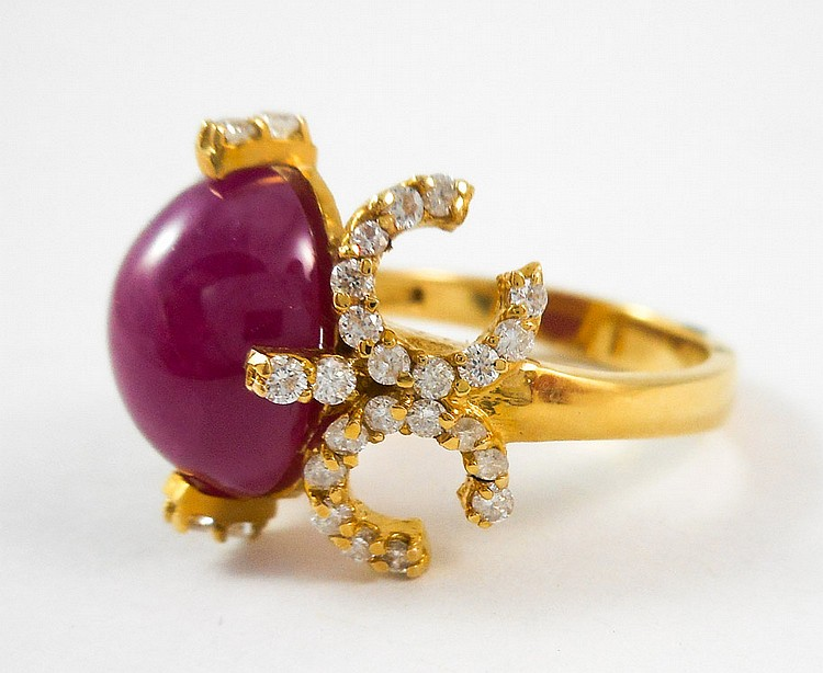 RUBY, DIAMOND AND FOURTEEN KARAT GOLD RING, with r