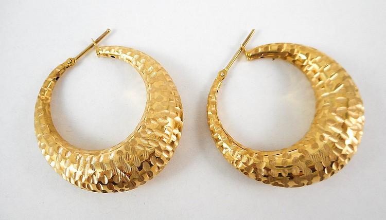 PAIR OF ITALIAN FOURTEEN KARAT GOLD EARRINGS, each
