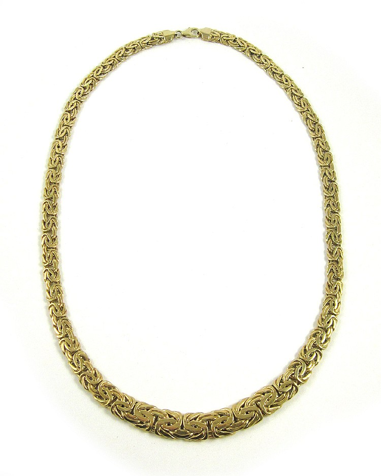 TURKISH FOURTEEN KARAT GOLD CHAIN NECKLACE, measur