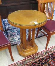 A ROUND BIEDERMEIER MAPLE LAMP TABLE, Central Euro
