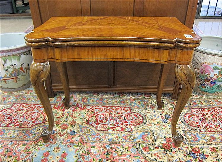 QUEEN ANNE STYLE GAME TABLE, having a rectangular