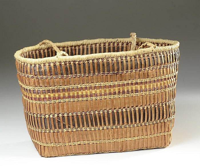 QUILEUTE/MAKAH INDIAN BASKET, double handled,