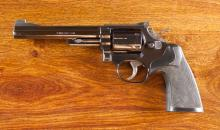 SMITH AND WESSON MODEL 19-3 DOUBLE ACTION REVOLVER