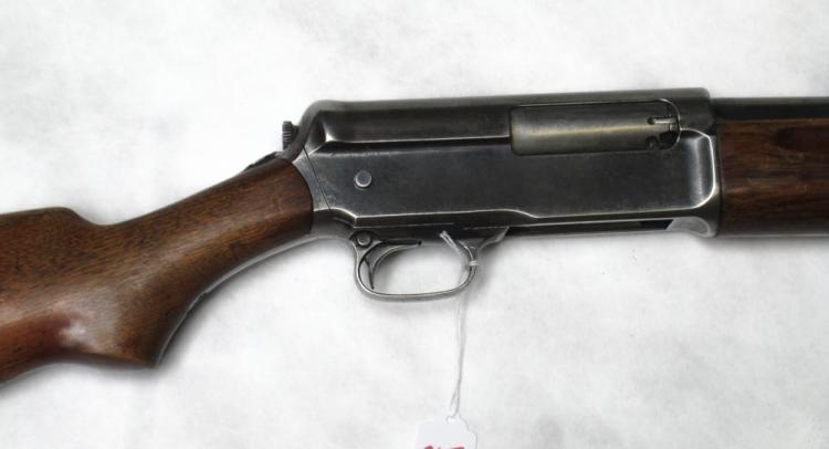 Winchester Model 11 S L Semi Automatic Shotgun 1
