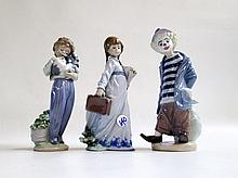 THREE LLADRO PORCELAIN FIGURINES: