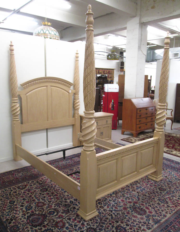 Five piece bedroom furniture set broyhill furnitu for Broyhill american era bedroom furniture