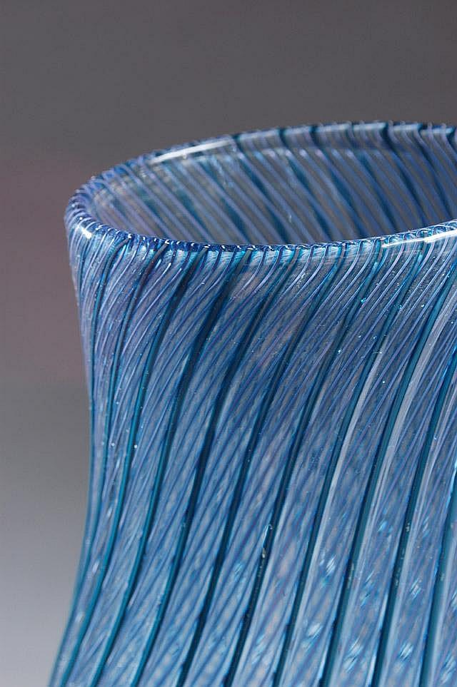 LINO TAGLIAPIETRA ART GLASS VASE, (Italian b.