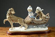 LLADRO PORCELAIN LARGE FIGURAL GROUP