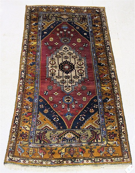 Persian belouch area rug central geometric medall for Geometric print area rugs
