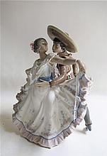 LLADRO PORCELAIN FIGURAL GROUP
