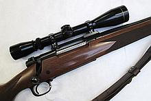 WINCHESTER MODEL 70 XTR BOLT ACTION RIFLE, 300