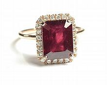 RUBY, DIAMOND AND ROSE GOLD RING, with appraisal.