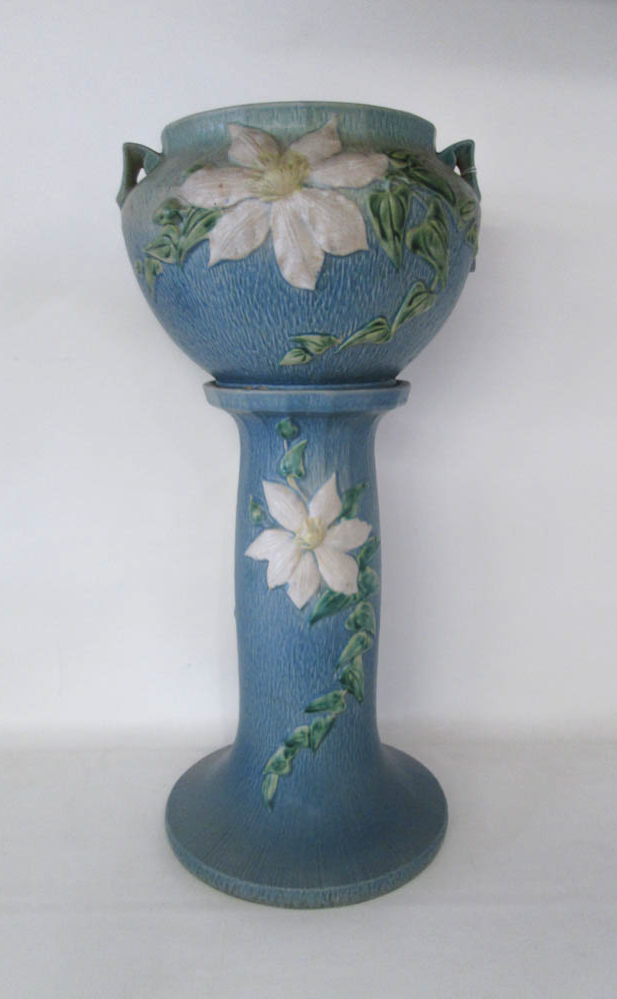 ROSEVILLE JARDINIERE AND PEDESTAL BASE in the
