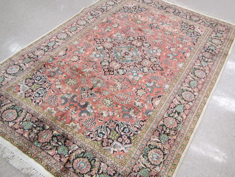 HAND KNOTTED ORIENTAL CARPET, Indo-Persian, floral