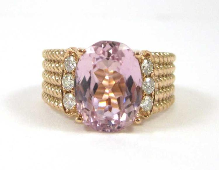 KUNZITE, DIAMOND AND FOURTEEN KARAT GOLD RING., Th