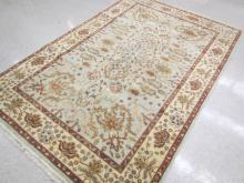 NEW HAND KNOTTED ORIENTAL CARPET, Indo-Persian, sc