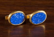 PAIR OF LAPIS LAZULI CUFFLINKS, each 18k yellow go