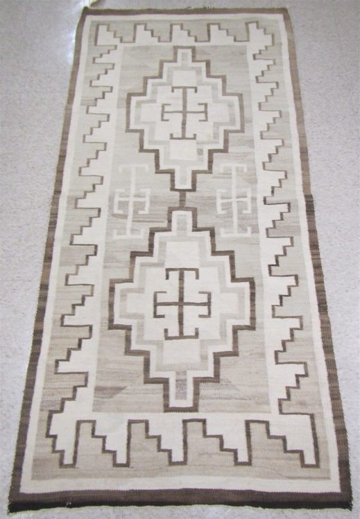 NAVAJO WEAVING hand woven with natural colors (tan
