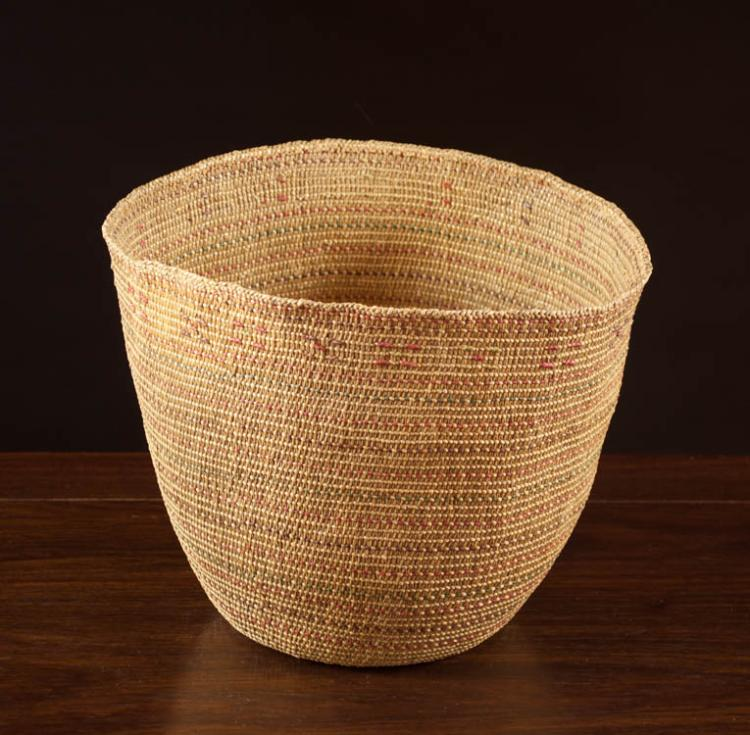 NORTHWEST NATIVE AMERICAN (ALEUTIAN) BASKET, hand
