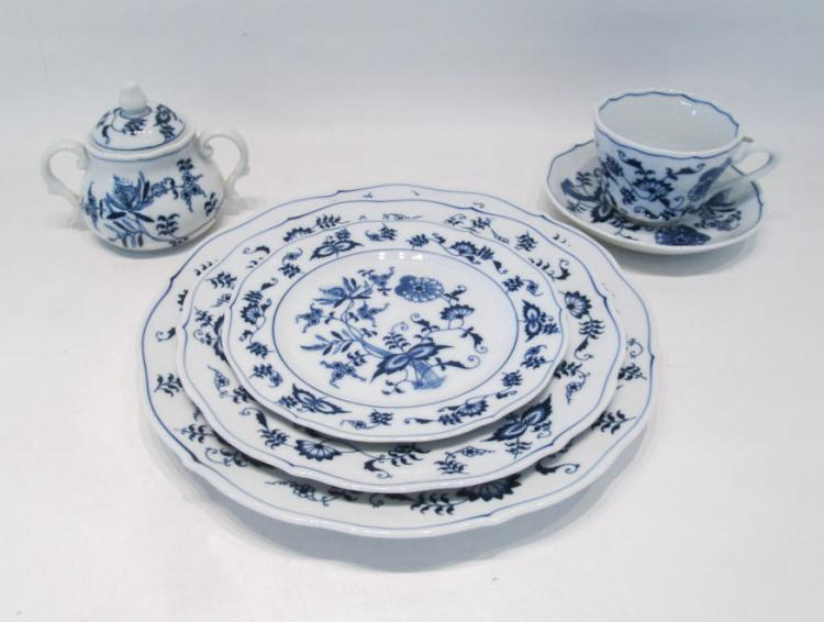 BLUE DANUBE CHINA SET, seventy-five pieces in the