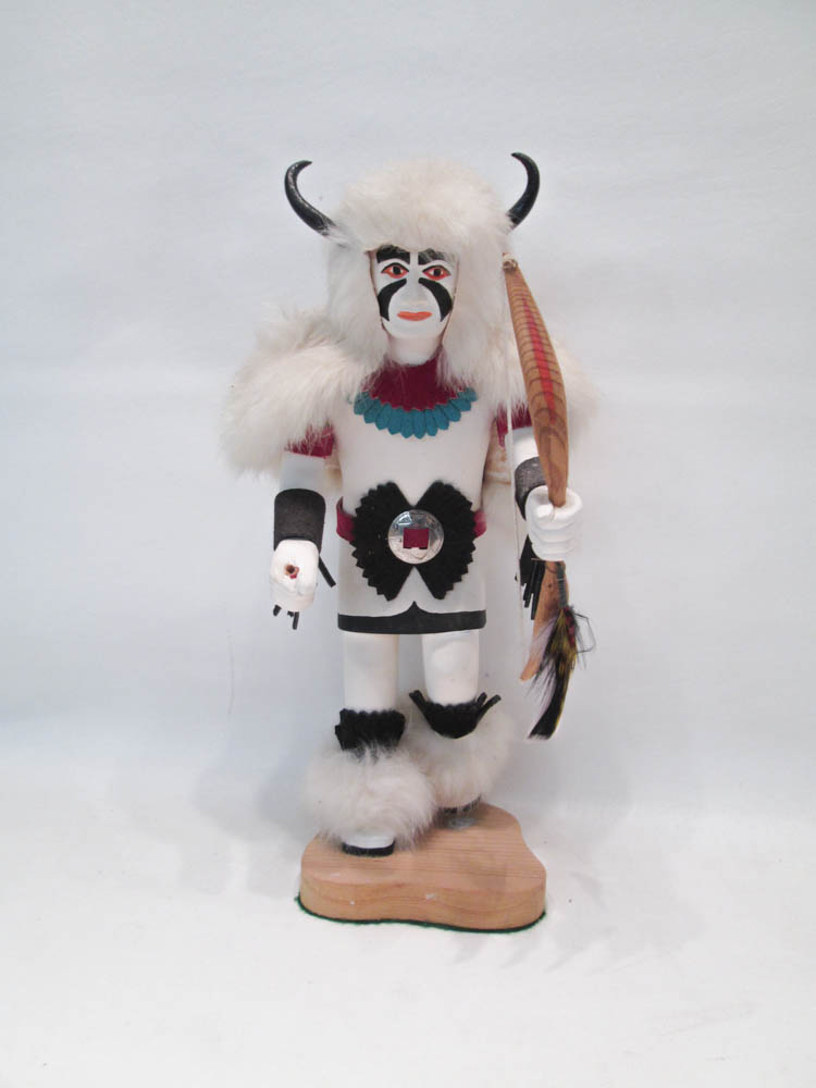 NORTHWEST NATIVE AMERICAN KACHINA DOLL the hand ca