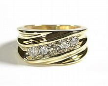 MAN'S DIAMOND AND FOURTEEN KARAT GOLD RING, set